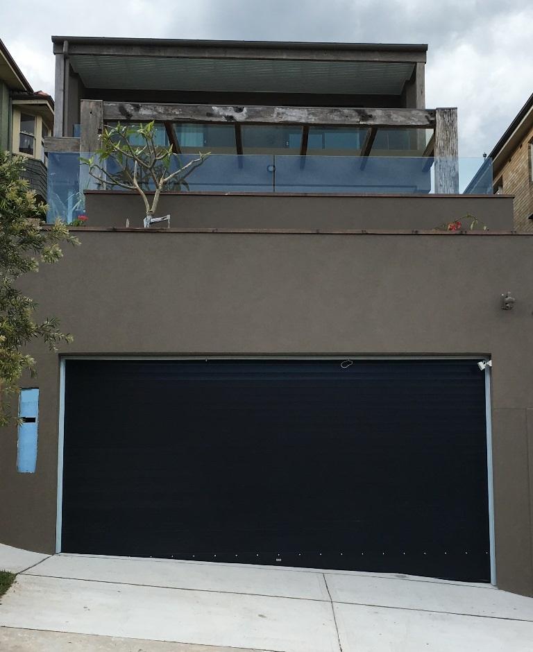 Austral roller doors roller shutters garage doors for Roller shutter motor repair